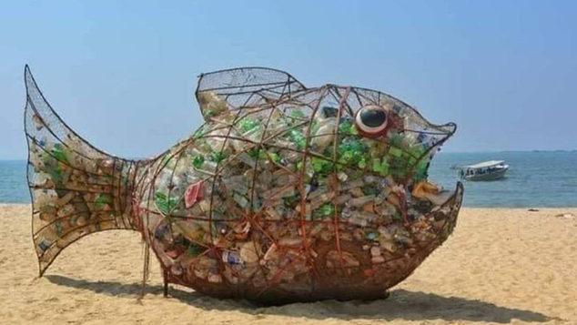 Η πανέξυπνη ιδέα που σώζει τις θάλασσες από τα πλαστικά!