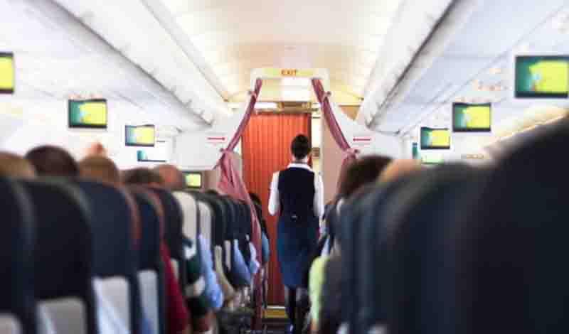 Πώς προστατεύονται από τις ιώσεις οι αεροσυνοδοί -Αυτό είναι το μυστικό τους