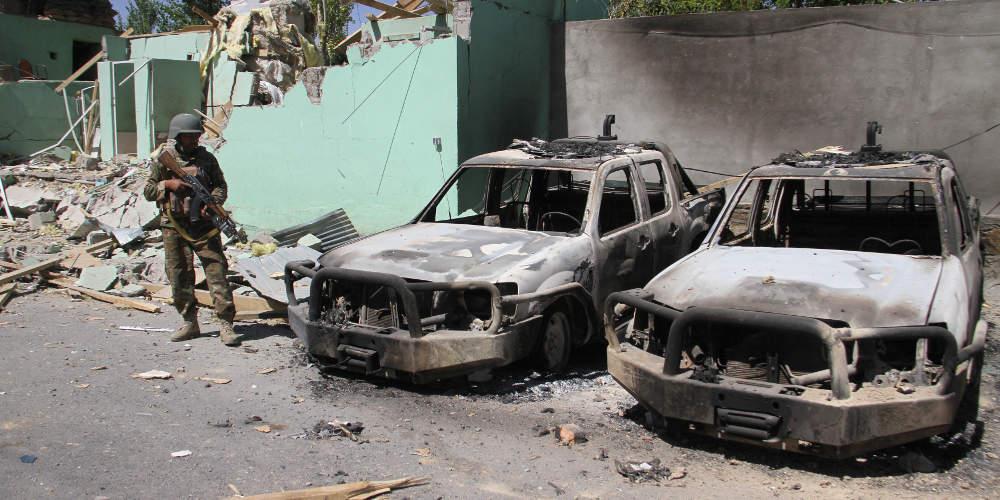 Τραγωδία στο Αφγανιστάν: 63 νεκροί από επίθεση καμικάζι σε γάμο
