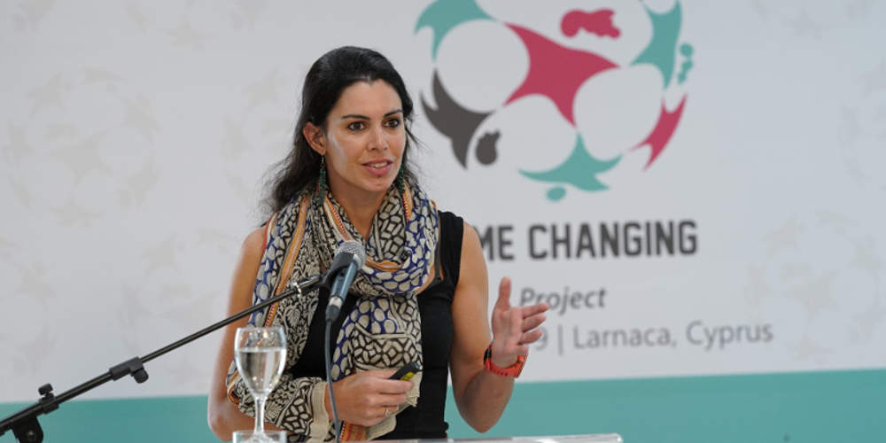 Αυτή είναι η 34χρονη Αγγλίδα επιστήμονας που αγνοείται στην Ικαρία - Βρήκαν κηλίδες αίματος στο κρεβάτι του ξενοδοχείου