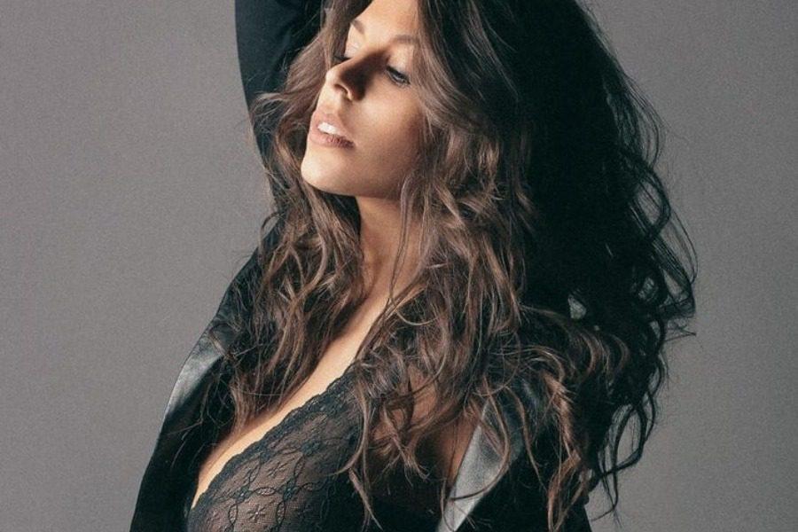 Η παραλίγο Miss Italia που αποκλείστηκε λόγω γuμνών φωτογραφήσεων