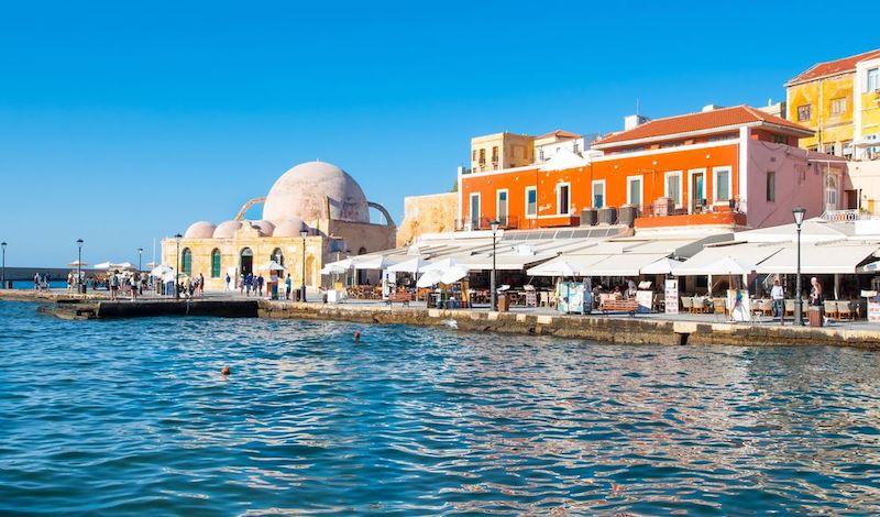 Απόβαση ελληνικών και ξένων κεφαλαίων άνω των 7 δισ. στην Κρήτη