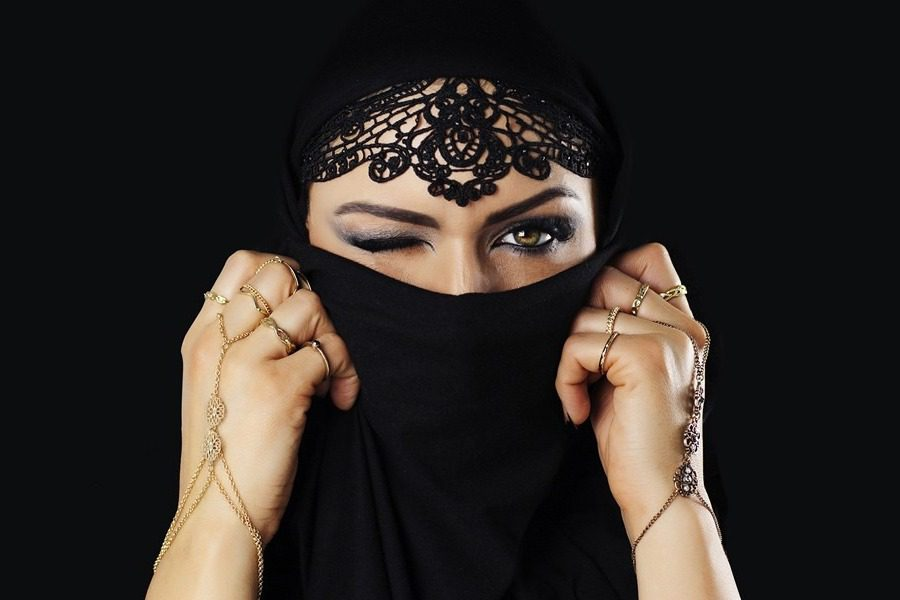 Και όμως υπάρχει το «Εγχειρίδιο της απόλυτης ηδονής για Μουσουλμάνες»