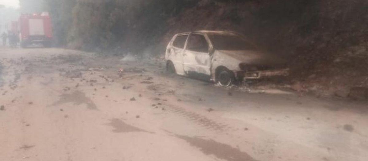 Εύβοια: Εικόνες που φέρνουν στο μυαλό το Μάτι: Στις αυλές των σπιτιών οι φλόγες – Καμμένα αυτοκίνητα (φώτο)