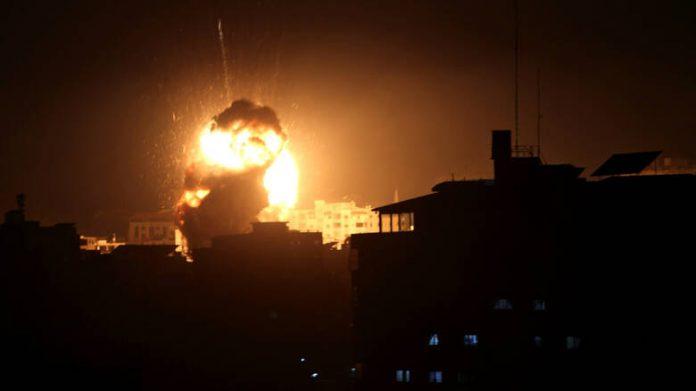 """Περίεργες εκρήξεις στη Γάζα… """"Βλέπουν"""" Ισραήλ; (upd.)"""