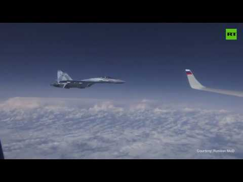 Su-27 διώχνουν F-18 του ΝΑΤΟ που πλησίασε το αεροπλάνο του Ρώσου ΥΠΑΜ
