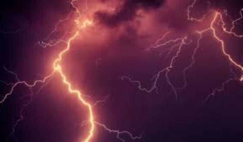 Θράκη: Εγινε η νύχτα μέρα από τους κεραυνούς [εικόνες]