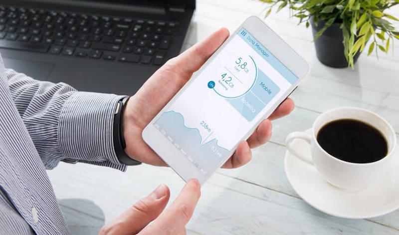 Πώς η χρήση smartphone συνδέεται με την παχυσαρκία