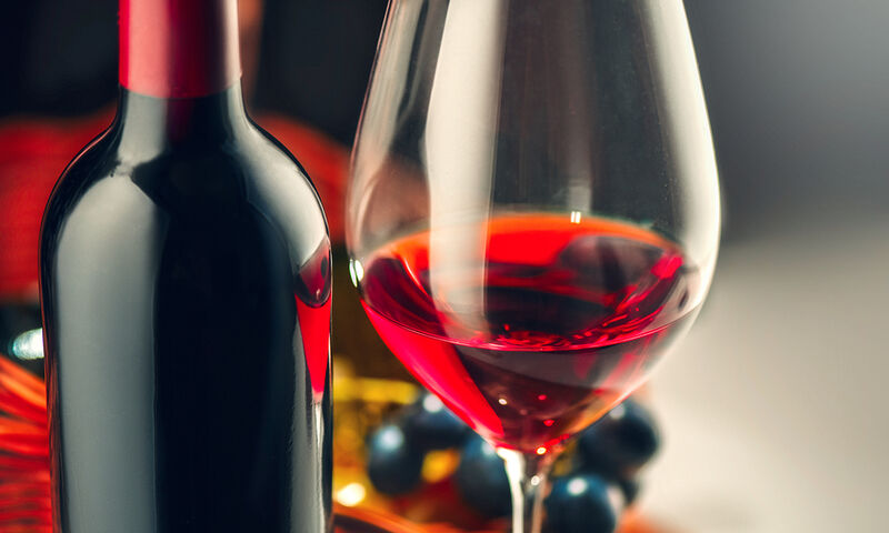 Κόκκινο κρασί: Τα οφέλη για το έντερο, τη χοληστερίνη, το βάρος