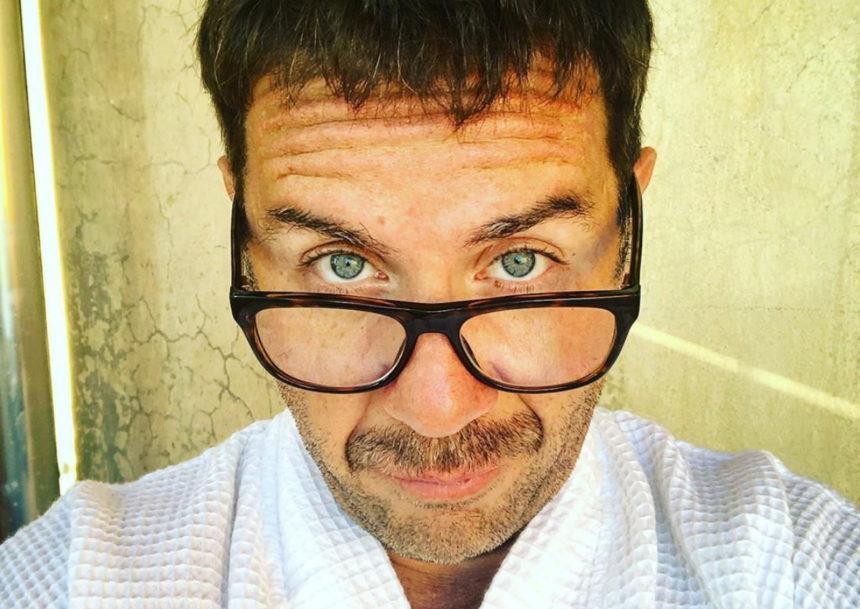 Γιώργος Μαζωνάκης: Η απίστευτη απάντησή του στο video γνωστού YouTuber με το «Gucci Φόρεμα»!