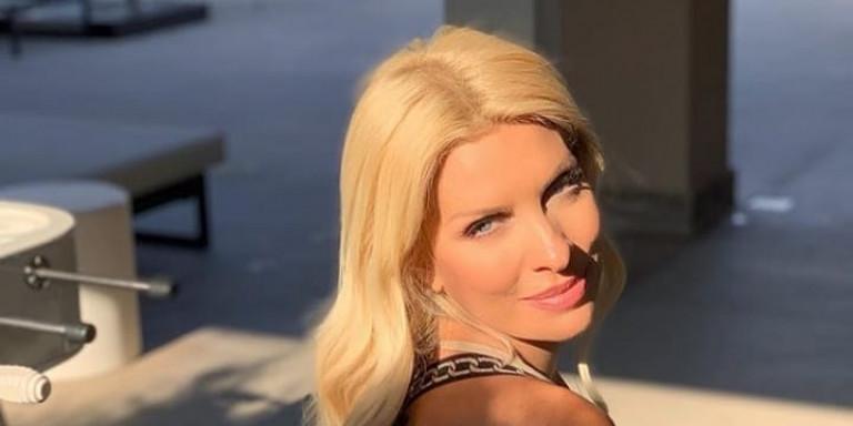 Η Ελένη Μενεγάκη άφησε την Ανδρο -Σε φουσκωτό στο Ιόνιο, με μαγιό και χωρίς ρετούς  Πηγή: iefimerida.gr – https://www.iefimerida.gr/zoi/i-eleni-menegaki-afise-tin-andro-sto-instagram