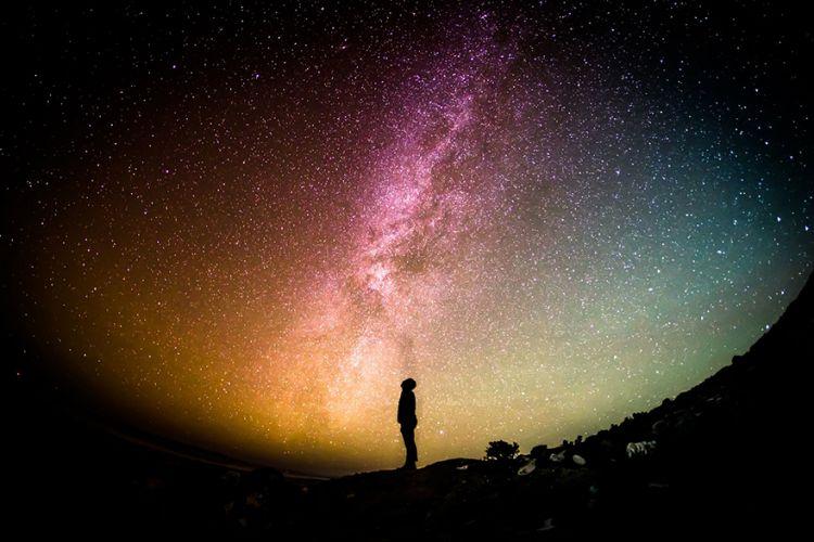 Ανακαλύφθηκαν 39 αόρατοι, τεράστιοι, πανάρχαιοι γαλαξίες