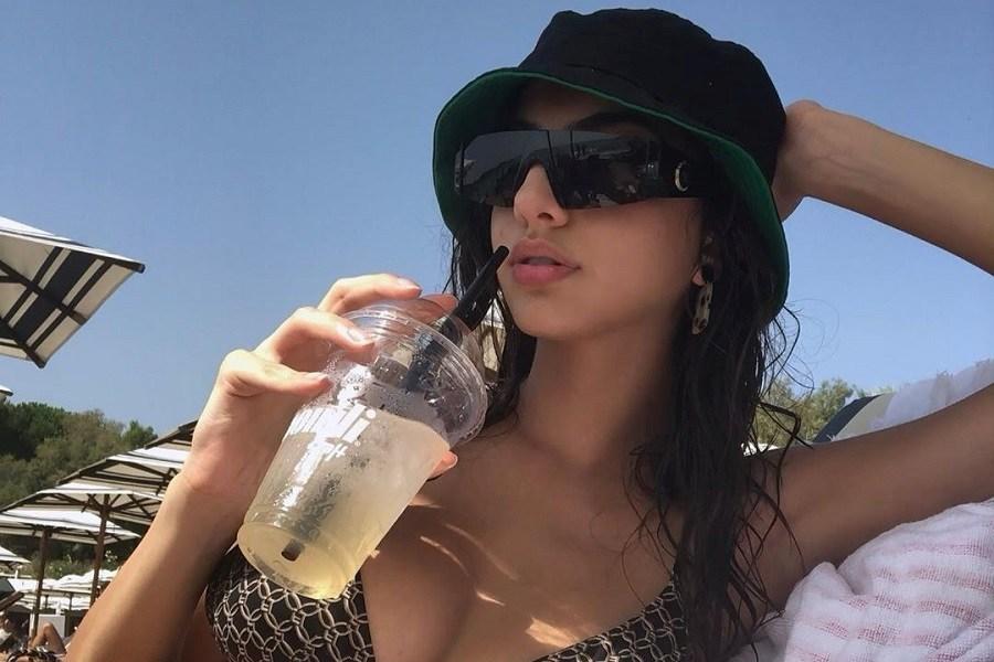 Ειρήνη Καζαριάν: Με topless ποστάρισμά της