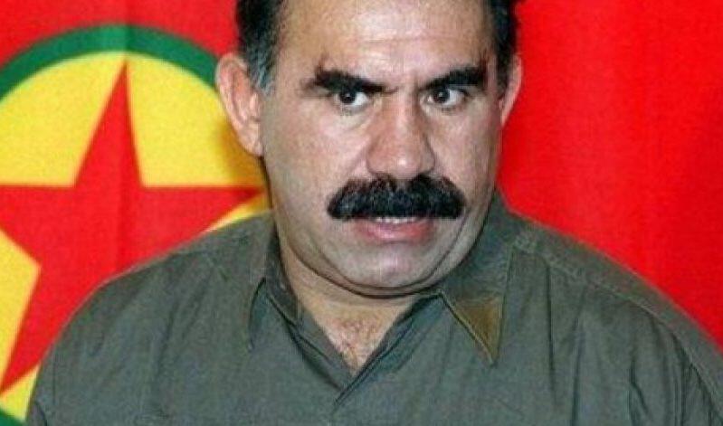 Οτσαλάν από τη φυλακή: «Μπορώ να σταματήσω τις συγκρούσεις Τούρκων και Κούρδων»