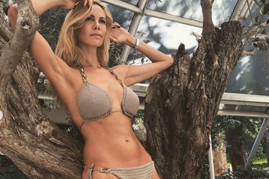 Στέλλα Δημητρίου: Το μοντέλο που νίκησε το χρόνο