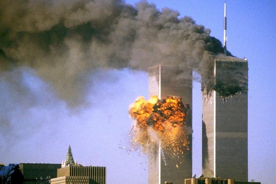 11η Σεπτεμβρίου 2001: Η ημέρα που άλλαξε ο κόσμος – Τρόμος και κόλαση στις ΗΠΑ (video)