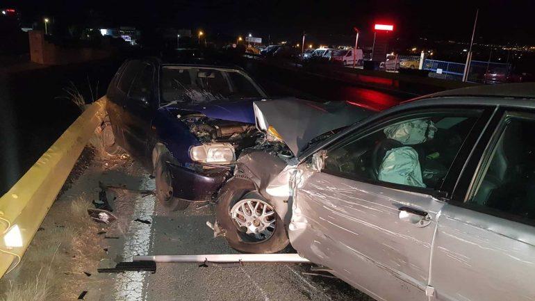 Σφοδρή σύγκρουση αυτοκινήτων, στη Χερσόνησο