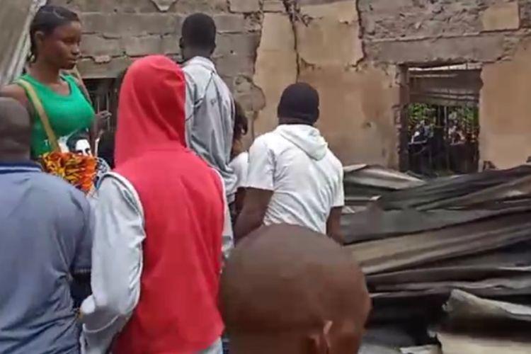 Ανείπωτη τραγωδία στη Μονρόβια – Νεκρά 23 παιδιά σε φωτιά