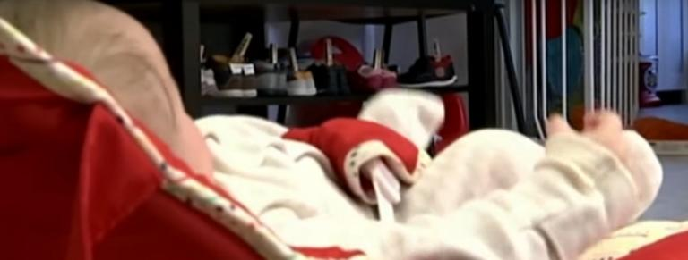 «Κλέβει» καρδιές η μικρή Ευανθία που εγκαταλείφθηκε στη Νέα Ιωνία! video