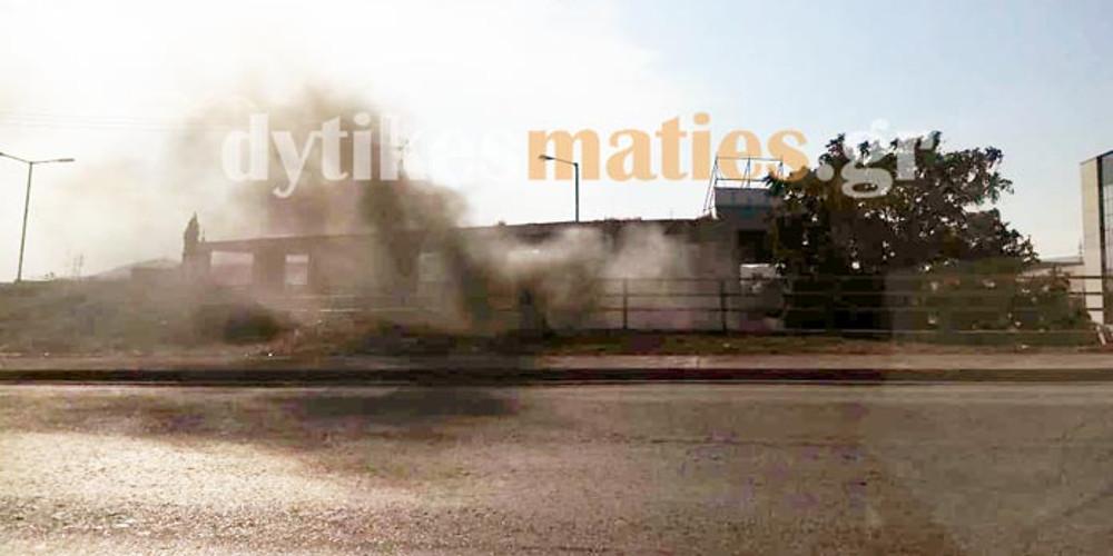 Στις φλόγες τυλίχθηκε όχημα στη Μεταμόρφωση