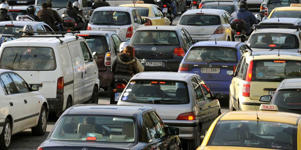 Κυκλοφοριακό κομφούζιο: Μεγάλο μποτιλιάρισμα στην Αθηνών-Λαμίας