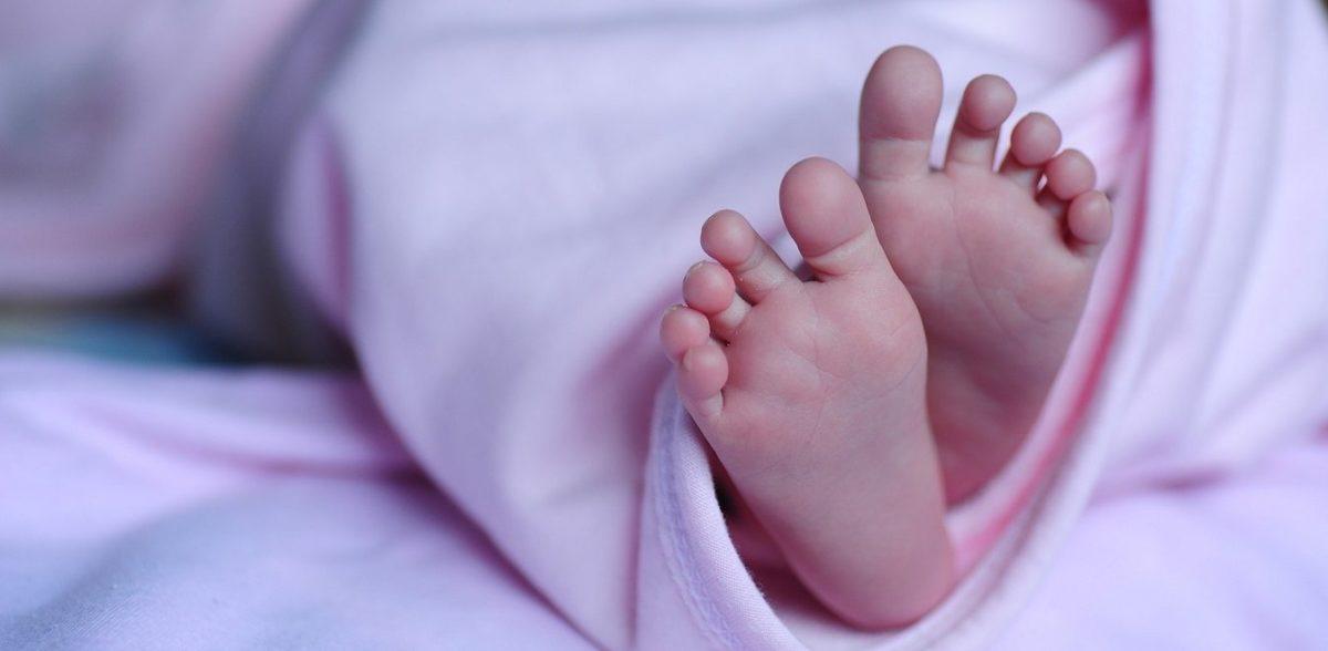 Εγκατάλειψη μωρού στη Νέα Ιωνία: Ψάχνει και στα μαιευτήρια η Αστυνομία (vid)
