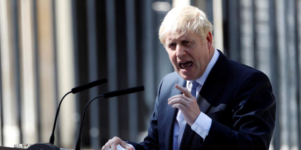 Απίστευτος Τζόνσον: Προτιμώ να βρεθώ νεκρός σε χαντάκι παρά να καθυστερήσω το Brexit