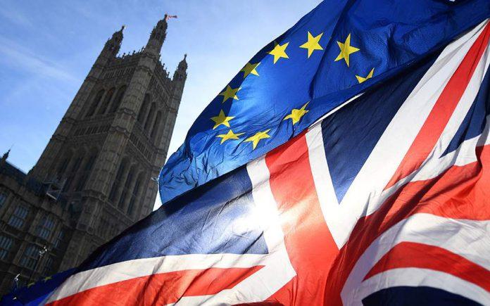 Βρετανία- Brexit: Η δύσκολη συνάντηση Τζόνσον και Γιούνκερ
