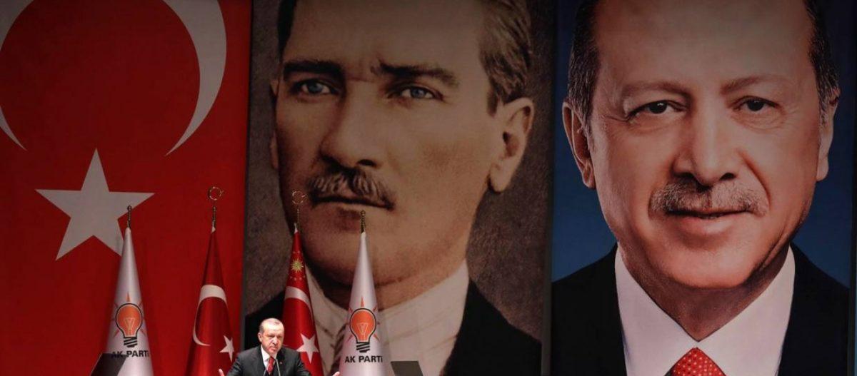 «Ματώνει» ο Ρ.Τ.Ερντογάν: Χιλιάδες Τούρκοι εγκατέλειψαν το AKP – Κ.Κιλιντσάρογλου: «Πρέπει να παραμείνουμε στο ΝΑΤΟ»