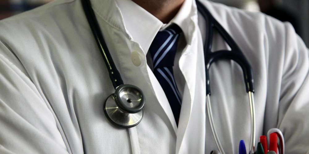 Υπ. Υγείας: 800 νέοι γιατροί για να κλείσουν οι «τρύπες» του ΣΥΡΙΖΑ