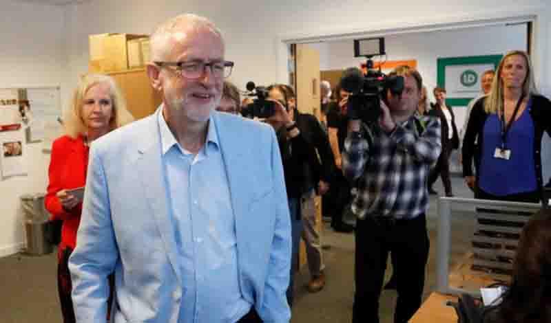 Brexit: Το Εργατικό κόμμα ζητά έξοδο με συμφωνία – Μεγαλώνει η πίεση στον Μπόρις Τζόνσον