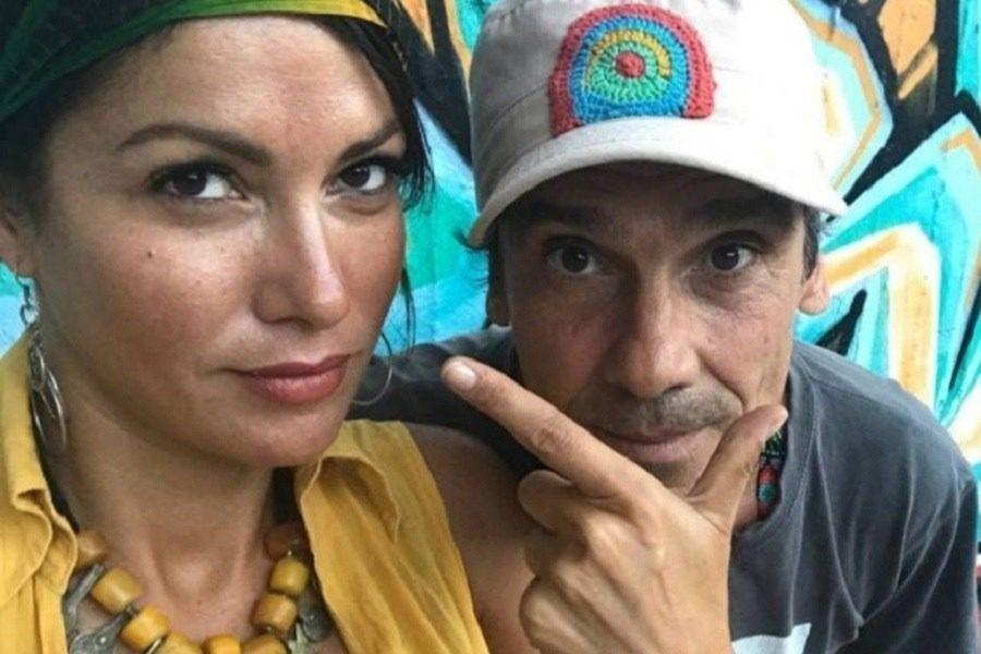Το post του Μάνου Τσάο μετά την αποκάλυψη της Κλέλιας Ρένεση πως δεν είναι πατέρας του παιδιού της