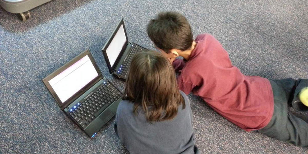 Έρευνα: Έξι στα δέκα ελληνόπουλα έως δέκα ετών έχουν πρόσβαση στο Ίντερνετ