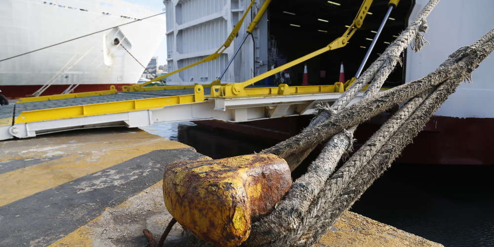 Απαγορευτικό σε λιμάνια λόγω των ισχυρών ανέμων
