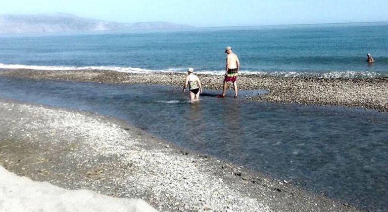 Πρωτοφανές φαινόμενο σε παραλία της Κρήτης