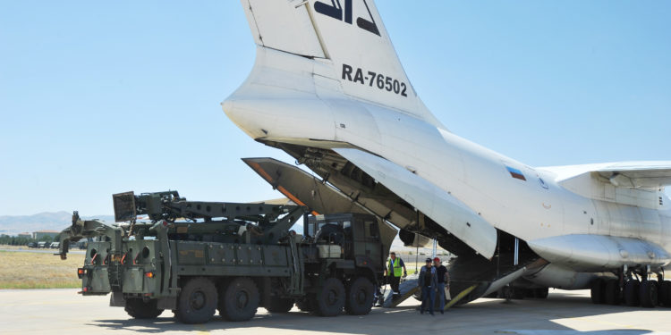 S-400: Η Τουρκία παρέλαβε και τη δεύτερη συστοιχία – Θα ενεργοποιηθεί τον ερχόμενο Απρίλιο