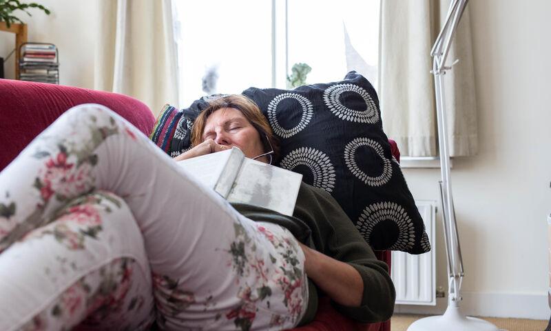 Μεσημεριανός ύπνος: Πόσο μειώνει τον κίνδυνο εγκεφαλικού & εμφράγματος