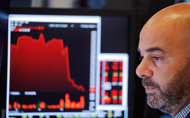 Reuters: Τα χαμηλά επιτόκια απελευθερώνουν 140 δισ. ευρώ για την Ευρωζώνη