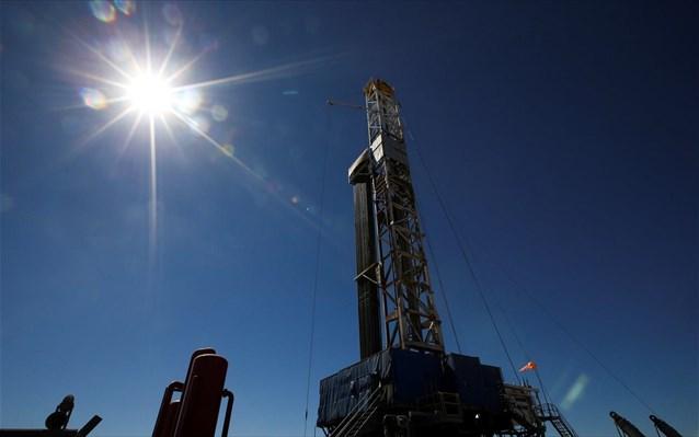 Το πετρέλαιο υποχωρεί, οι φόβοι επιμένουν