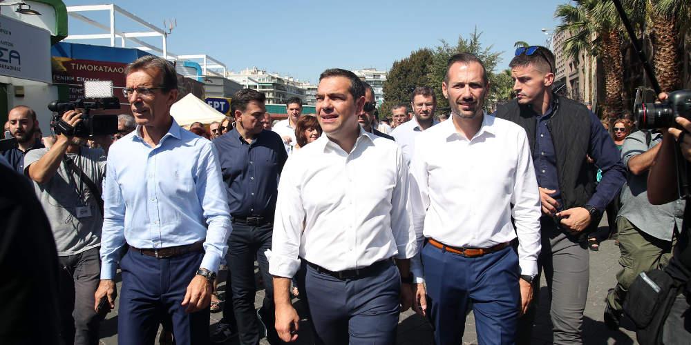 Επίσκεψη Τσίπρα στη ΔΕΘ: Οι βόλτες στα περίπτερα, οι ατάκες και η Μπαζιάνα [εικόνες]