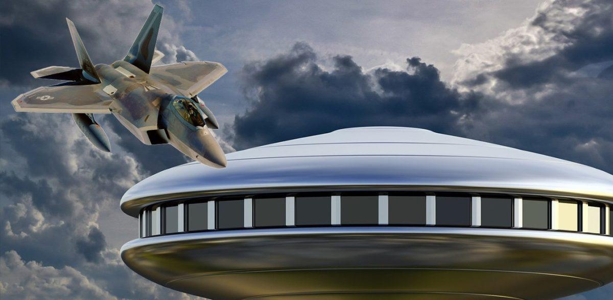 Σάλος στις ΗΠΑ από τα βίντεο που απεικονίζουν αερομαχίες με UFO