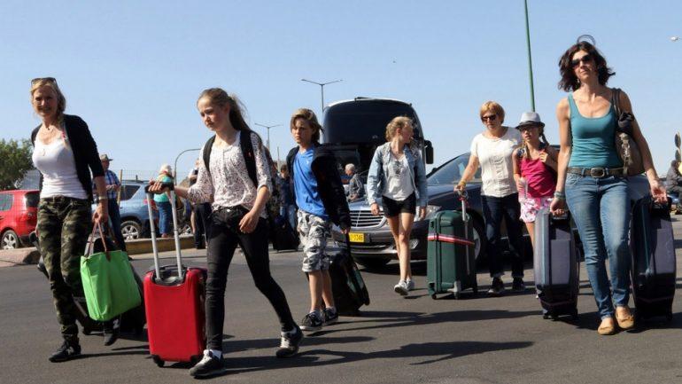 Επιλέγουν και Κρήτη οι τουρίστες αλλά …