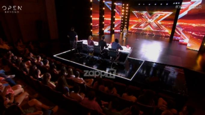 X Factor: Η ερμηνεία που… ενθουσίασε τους κριτές – «Αν υπήρχε κουμπί που σε πάει κατευθείαν στον τελικό εγώ θα το πάταγα»