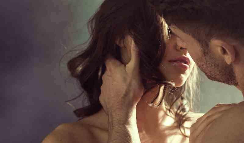 Ποιο σημείο του αντρικού σώματος κοιτάνε οι γυναίκες- Επιστημονική έρευνα
