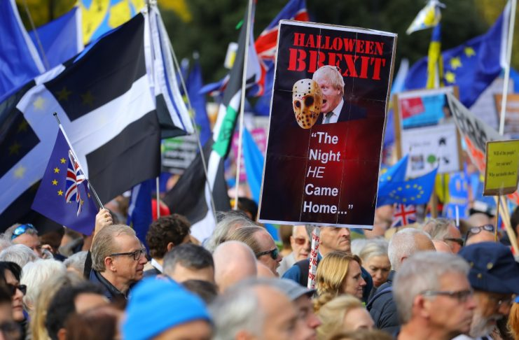 Ήττα για Τζόνσον – Πέρασε τροπολογία που καθυστερεί την έγκριση της συμφωνίας για το Brexit