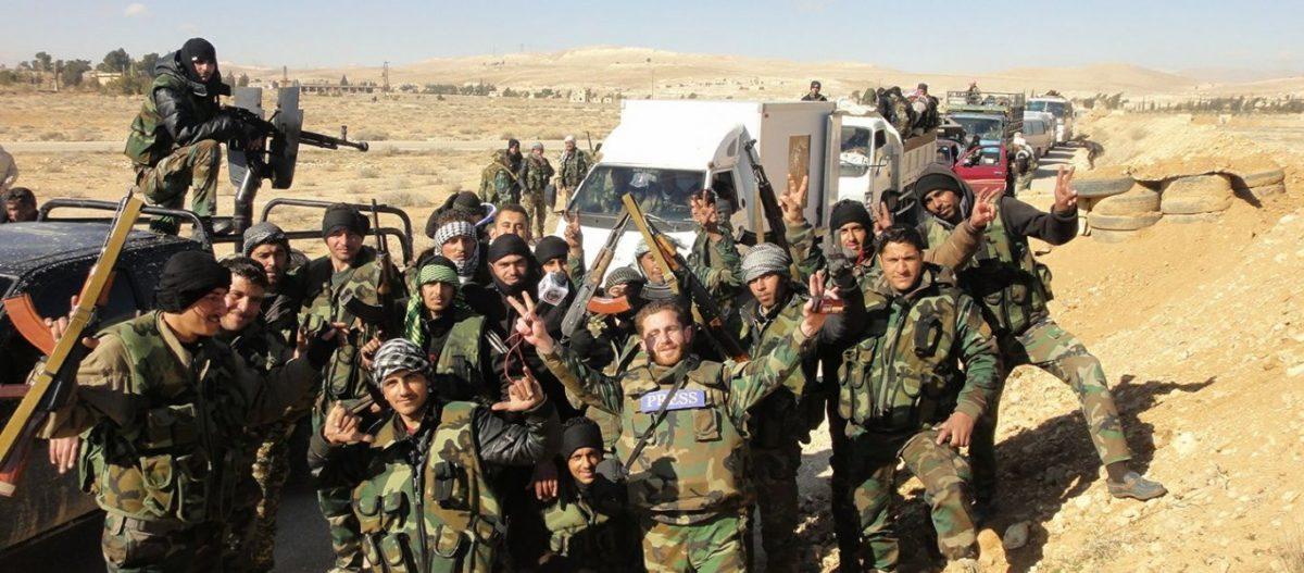 Αγώνας δρόμου για να σωθεί τουλάχιστον η Ράκα: Συριακό κομβόι προσεγγίζει συνοδεία Κούρδων την στρατηγική πόλη