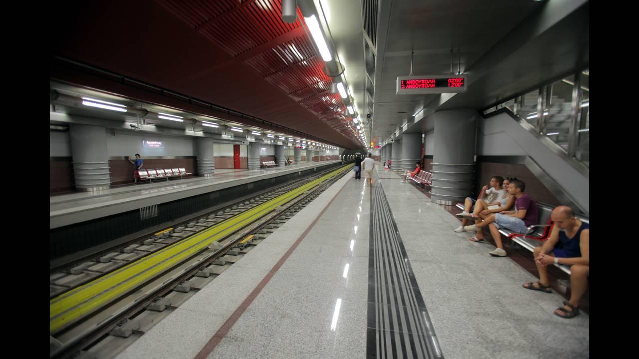 Απεργία ΜΜΜ: Αναστέλλεται η αυριανή στάση εργασίας σε μετρό, ηλεκτρικό και τραμ