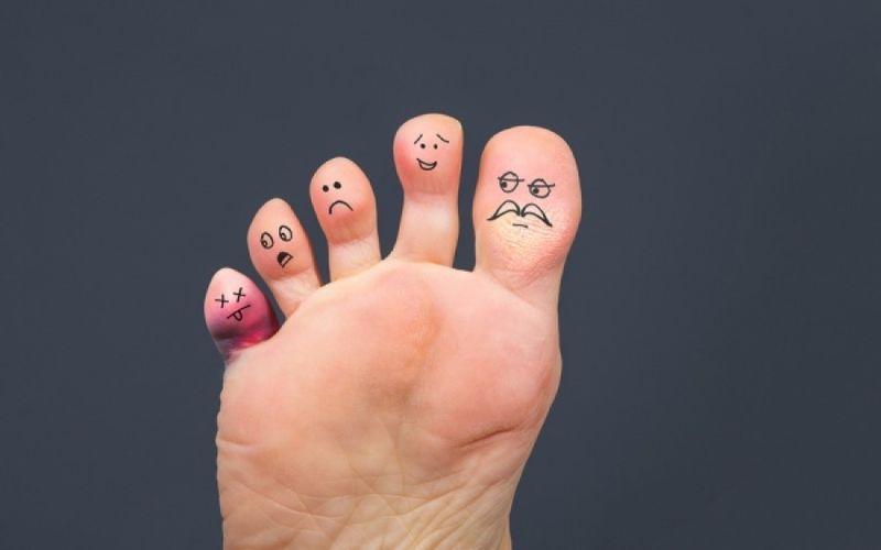 Τι αποκαλύπτουν οι πατούσες για την υγεία σας