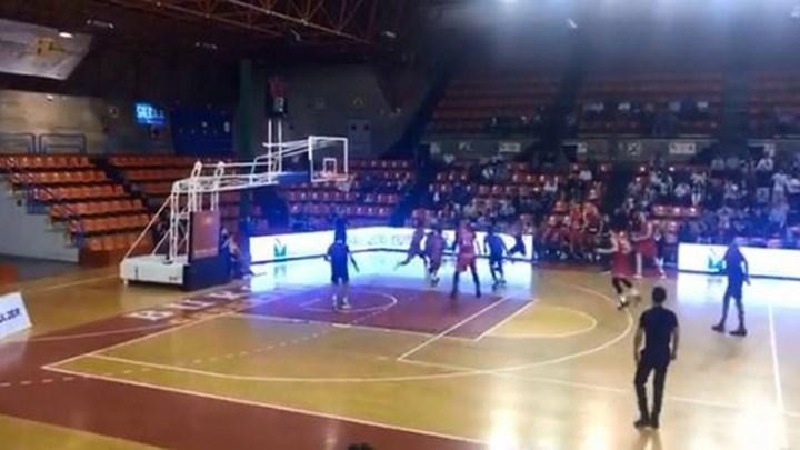 Δεν έχετε δει ξανά τέτοιο buzzer beater: Ομάδα στην Ισπανία πήρε τη νίκη στο φινάλε με… τετράποντο – ΒΙΝΤΕΟ