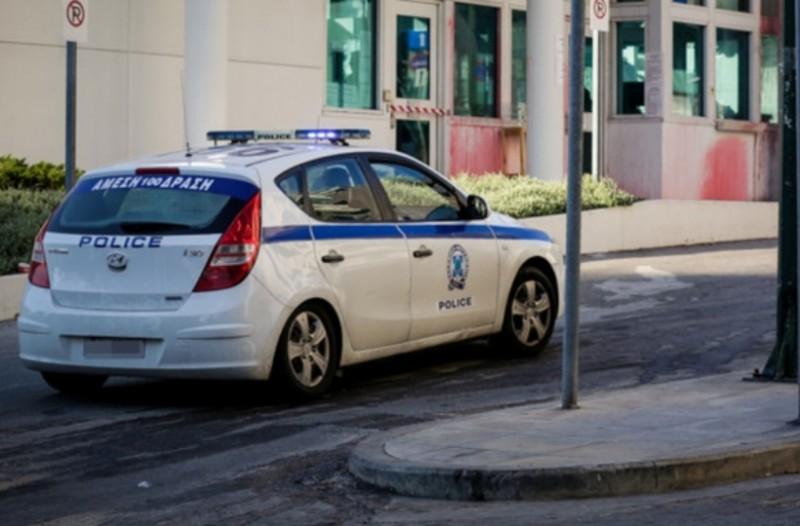 Ανθρωποκυνηγητό για τη σύλληψη των δραστών της ένοπλης ληστείας στο Δημαρχείο Αχαρνών